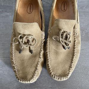 Μοκασινια loafers
