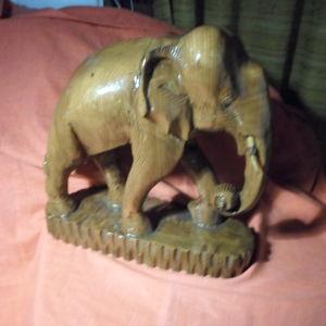 ελέφαντας από μασιφ ξύλο