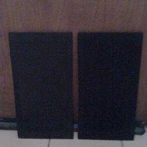 2 σίτες ηχείων απο ξύλο καί ηχοδιαπερατό ύφασμα