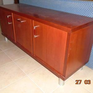 Μπουφές - ντουλάπι , ξύλινο