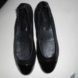 Παπούτσια Δερμάτινα Νο 39