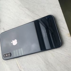 I phone Xs max 256gb