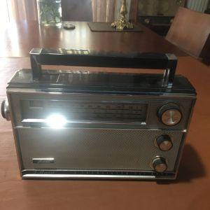 Φορητό ραδιόφωνο αντικα 1963