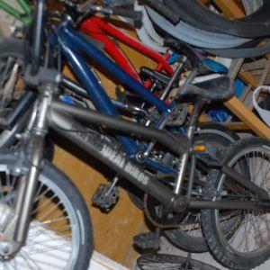 IDEAL  BMX  CHROMOLY 4130 STEEL