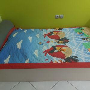 Παιδικό δωμάτιο και ντουλάπα