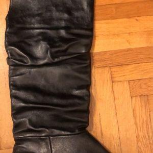 Μπότες μαύρες δερμάτινες φλατ γυναικείες
