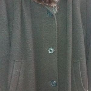 παλτο με γουνινο γιακα