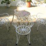 Φέρ φορζέ, σιδερένιο τραπέζι με 4 καρέκλες  εξωτερικού χώρου , τύπου Φερ Φορζέ, γαλβανισμένα,
