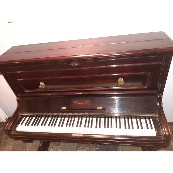 polite piano antika