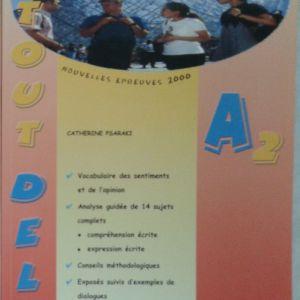 Γαλλικά εκπαιδευτικά βιβλία. A TOUT DELF A2. Delf Α2.